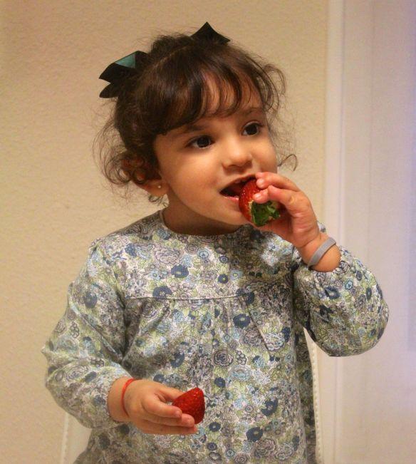 niñod y fresas