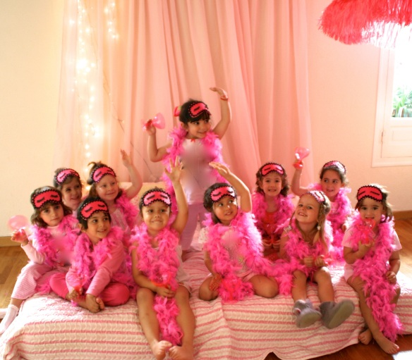 primer pijama party